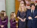 Ambasador z żoną i córkami przywitał serdecznie wszystkich gości