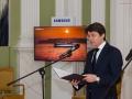 Ambasador Malty dziękuje gościom za przybycie